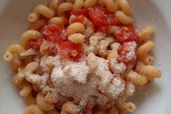 cavatappi pomodoro fresco